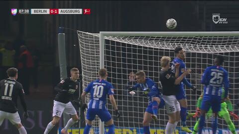 El Augsburgo pegó primero: Martin Hinteregger puso el 0-1 ante el Hertha