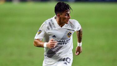 LA Galaxy habría presentado una nueva oferta por Cristian Pavón