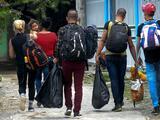 Colombia comienza la deportación de migrantes cubanos varados en su territorio