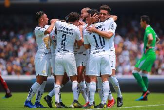 En fotos: Pumas se aferra al milagro de clasificar tras vencer a Chivas