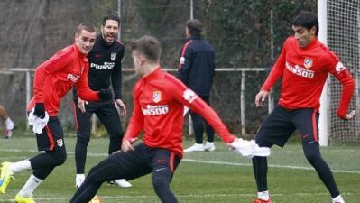 Augusto Fernández ya se entrena con el Atlético de Madrid tras confirmar su fichaje