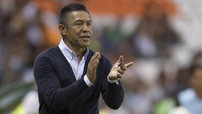 """¡No fue por el reglamento! Ambriz defendió su pasó a la Final y resaltó los """"huev@$"""" de León"""