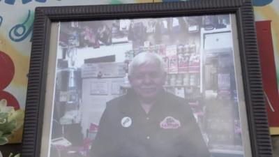 La muerte de un comerciante de Las Empacadoras genera dolor e indignación en barrio de Chicago