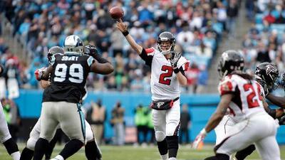 Ryan y Coleman dan triunfo a Falcons y eliminan a Panthers