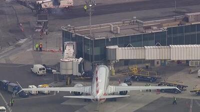 En el aeropuerto La Guardia los vuelos del Boeing 737 Max 8 y 9 quedaron suspendidos, mientras pasajeros buscan soluciones