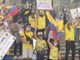 """""""Nos están matando"""": colombianos en Filadelfia se manifiestan por la crisis que afronta su país"""