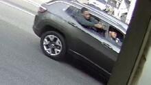 Policía de Bakersfield busca a dos sospechosos por asalto agravado a mano armada