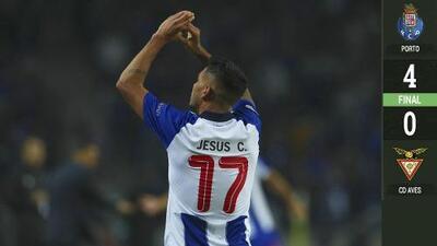 Tecatito le dedicó su gol en la victoria del Porto a Iker Casillas