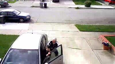 Anciano se resiste a robo vehicular y recibe golpiza de un adolescente de 14 años