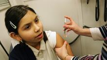 Dónde y cuándo puedes ponerte la vacuna contra el coronavirus en el área de Chicago