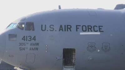 Tres aviones militares de EEUU salieron desde el sur de Florida rumbo a Colombia con ayuda humanitaria para Venezuela
