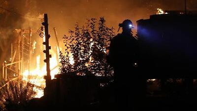 Bomberos avanzan en la contención del incendio 'Liberty' en Murrieta