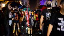 Manifestación en contra de la gobernadora de Puerto Rico acaba en enfrentamiento con la policía