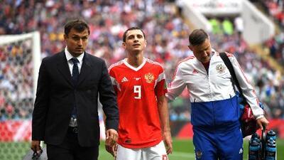 Rusia perdió a Dzagoev, una de sus figuras, en apenas 23 minutos de Mundial