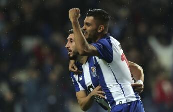 En fotos: Con goles de Héctor Herrera y Jesús Corona el Porto gana en la Champions League