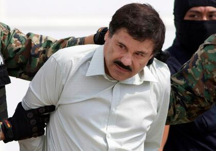 """Actualmente, Joaquín 'El Chapo' Guzmán cumple una sentencia de  <b><a href=""""https://www.univision.com/noticias/el-chapo-guzman-es-condenado-a-cadena-perpetua-en-una-prision-estadounidense-de-maxima-seguridad-video"""" target=""""_blank"""">cadena perpetua</a></b> más 30 años en una prisión federal de máxima seguridad en EEUU. El exjefe del poderoso cártel de Sinaloa también fue condenado a  <b>pagar una multa de 12,600 millones de dólares</b> por los daños que causó durante su larga carrera delictiva."""