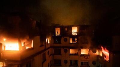 Incendio en un edificio residencial de París: al menos 10 muertos, 30 heridos y una sospechosa arrestada
