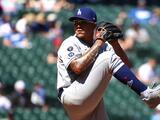 Los Dodgers vencen a Mariners con juegazo de Julio Urías