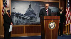Senadores republicanos frenarán voto sobre el paquete
