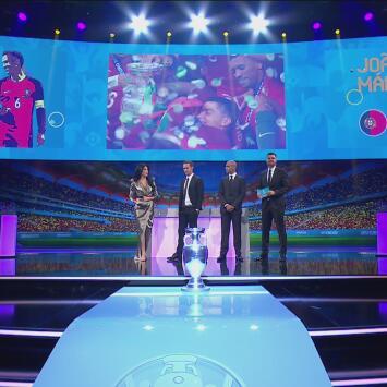 ¡No puede estar en mejores manos! Carvalho y João Mario llegan con el trofeo de la Eurocopa