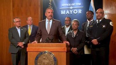 Charlie Beck, ex jefe de la policía de Los Ángeles, será el nuevo Superintendente interino de la policía de Chicago