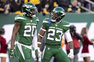 EAST RUTHERFORD, NEW JERSEY - DECEMBER 22: Marcus Maye #20 of the New York Jets is congratulated by his teammate Arthur Maulet #23 after breaking up a pass against the Pittsburgh Steelers at MetLife Stadium on December 22, 2019 in East Rutherford, New Jersey. (Photo by Steven Ryan/Getty Images)