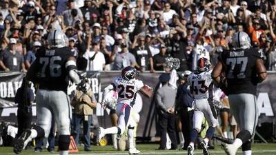 Broncos 16-10 Raiders: Defensiva de Denver culminó octavo triunfo al hilo vs. Oakland