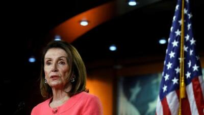 """""""William Barr mintió al Congreso. Y eso es un delito"""", dijo Nancy Pelosi en medio de una creciente tensión política en Washington"""