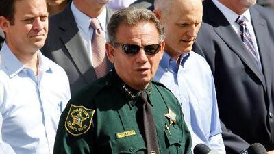 Alguacil de Broward acusa de tener motivaciones políticas a quienes piden su destitución
