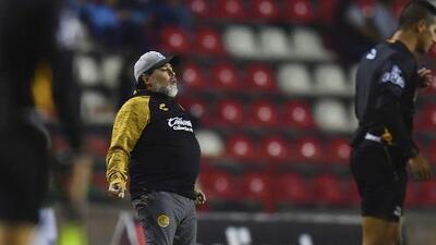 Maradona, sin indirectas: mis malquerientes 'son unos ineptos'