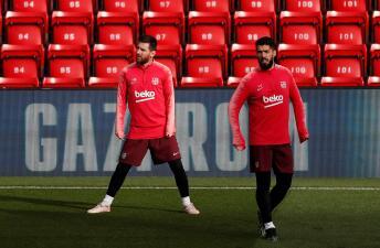 Estrellas en el 'templo': Barcelona entrenó en Anfield previo al duelo contra Liverpool