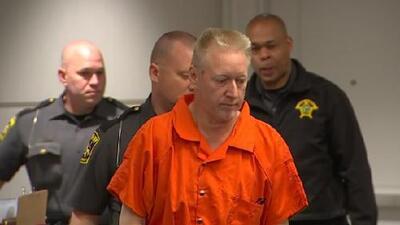 Presunto asesino de su segunda esposa se presenta en corte en Carolina del Norte
