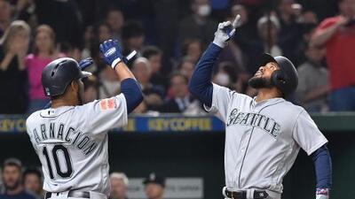 Mariners derrotan a Athletics en arranque de temporada en Tokio