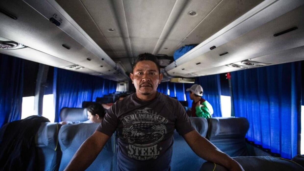 By bus or plane, paid for by Trump: The anguish of Central Americans waiting in Mexico who decide to return home