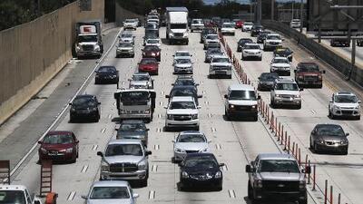 Si se aprueba la licencia de conducir para indocumentados en Florida, ellos no serán los únicos beneficiados