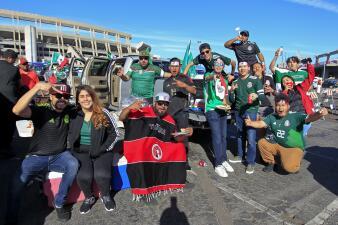 Los aficionados en San Diego viven con optimismo la antesala del México-Chile