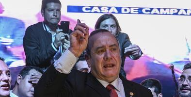 Alejandro Giammattei se proclama ganador de las presidenciales de Guatemala sin esperar resultados oficiales