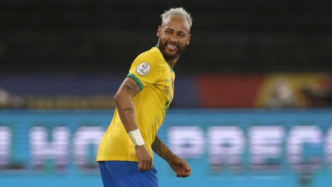 Marca personal   Neymar, amo y señor con gol y gambetas ante Perú