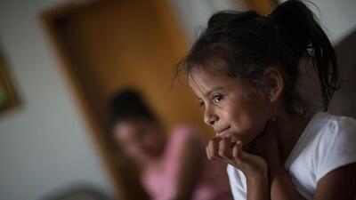 """""""Ella dice que era feo Honduras, pero para mí era bonito"""": una niña migrante le suplica a su madre que vuelvan a casa"""