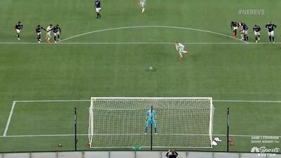 Wayne Rooney vence al portero desde el manchón penal y DC United empata 1-1 ante New England