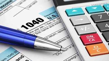 Indocumentados de California que pagan impuestos tendrán derecho a recibir reembolsos del IRS