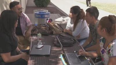 Dreamers de Arizona pagaran matrículas como residentes