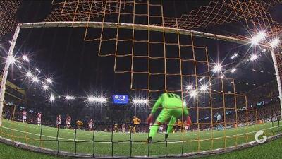 Hoarau, de penal, deja el marcador 2-2 y mete al Young Boys nuevamente en el partido