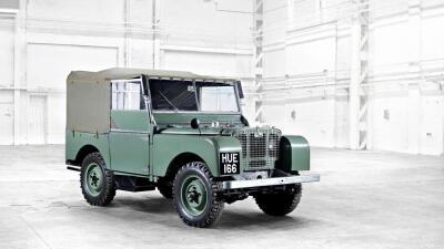 Land Rover Defender 1948 - 2015: la evolución de un ícono eterno