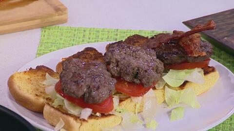 ¿Quieres preparar la hamburguesa perfecta? Aprende cómo en la cocina de Delicioso