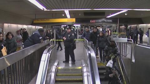 Para reducir el crimen, designan más policías para el subway de Nueva York