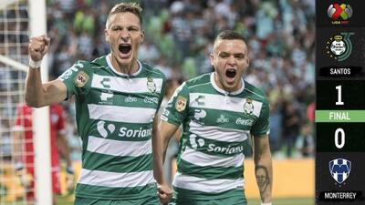 Santos hace sufrir a Rayados para sacar tres puntos en casa con VAR y polémica incluida