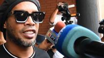 Ronaldinho tendría problemas con el alcohol tras muerte de su madre