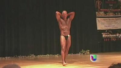 Video muestra que Carlos Alvarez es un ex alcalde 'fuerte' de verdad