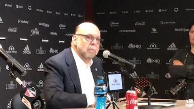 """Guzmán sobre Ángelo Henríquez: """"Tan mal la pasaba que salía llorando de los entrenamientos"""""""
